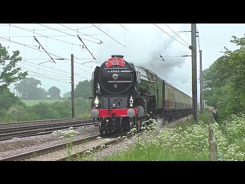 LNER A1 60163 'Tornado' blasts north along the ECML with 'Th…
