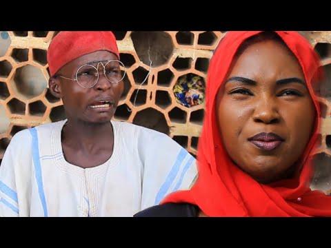 (Musha Dariya) Dan Kauye a Birni Kalli Kaci Dariya (Arewa Comedian)