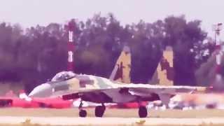 Крутые виражи!!! Су-35 в небе!!! 13 января 2015 г.