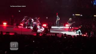 Metallicas <b>James Hetfield</b> Falls In Hole On Stage