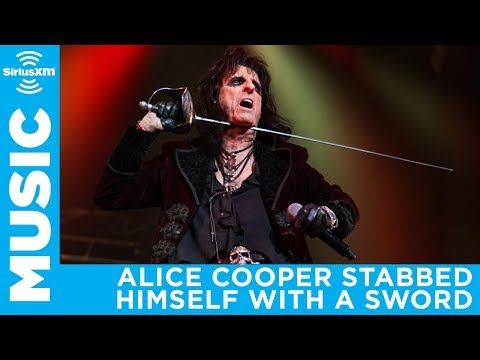 Alice Cooper accidentally stabbed himself on stage | SiriusXM VOLUME