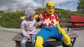 Legoland deutschland. ЛАУРА в Леголенде. А ОН ХРАПИТ. ЖИВЫЕ ФИГУРКИ ЛЕГО