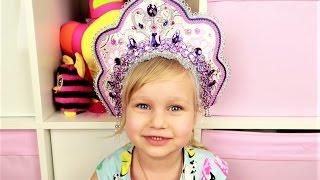 Алиса показывает КЛАССНЫЕ ободки для волос! ВИДЕО ДЛЯ ДЕВОЧЕК Развлечение для детей от Мими Лисса