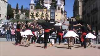 preview picture of video 'Colla Xàldiga-Concurs colles sardanistes Manlleu 2013'