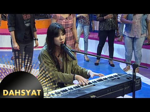 Si Cantik Bersuara Merdu Isyana Sarasvati 'Keep Being You' [Dahsyat] [11 Nov 2015] - RCTI - ENTERTAINMENT