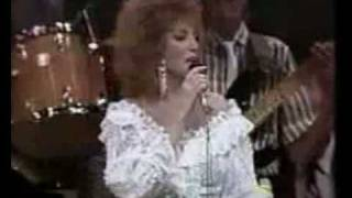 Dottie West- Here Comes My Baby