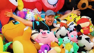 WE WON OVER 10,000 STUFFED ANIMALS LOL  New Merch - https://shopmrbeast.com/  SUBSCRIBE OR I TAKE YOUR DOG   ---------------------------------------------------------------- follow all of these or i will kick you • Facebook - https://www.facebook.com/MrBeast6000/ • Twitter - https://twitter.com/MrBeastYT •  Instagram - https://www.instagram.com/mrbeast --------------------------------------------------------------------