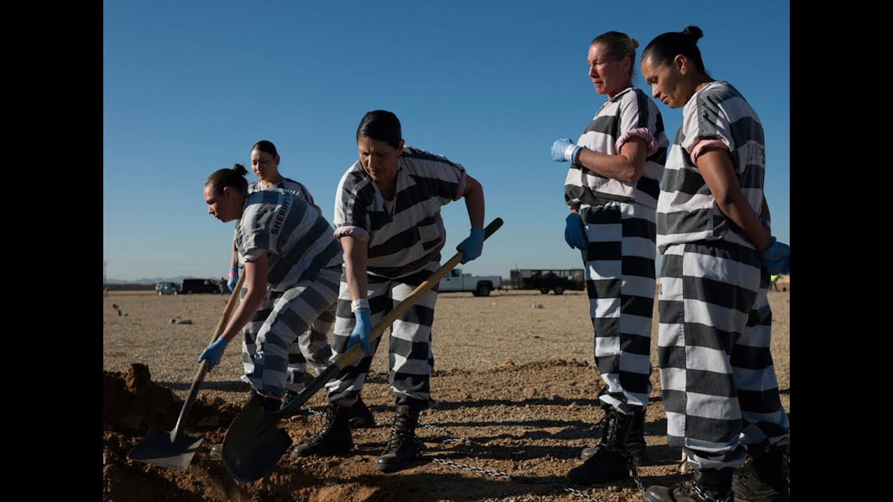 Prisons Turning Immigrants Into Slaves thumbnail