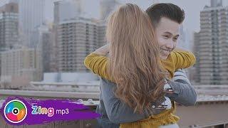 Anh Chỉ Là Người Thay Thế - HUI (Official MV)