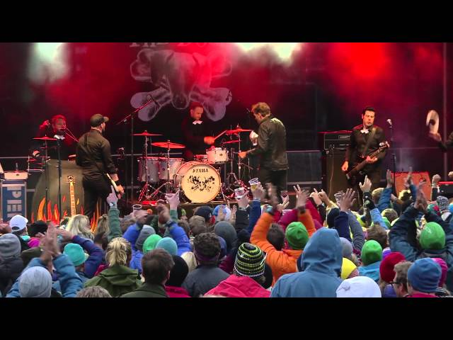 The Dogs – Stay Away From Her + Dont' Let Me Down (Live @Vinjerock 2015)
