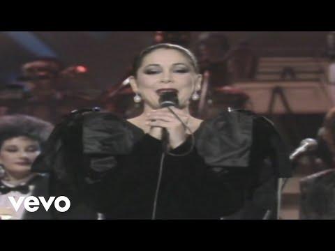 Isabel Pantoja - Virgen del Rocio ((Actuación RTVE))