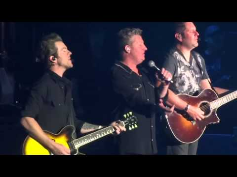 Rascal Flatts (C2C 2014) - Bless The Broken Road Live at The O2 Arena London