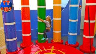 ВЛОГ на Скалодроме Ярослава - Альпинист взяла МАКСИМАЛЬНУЮ высоту! Видео для детей