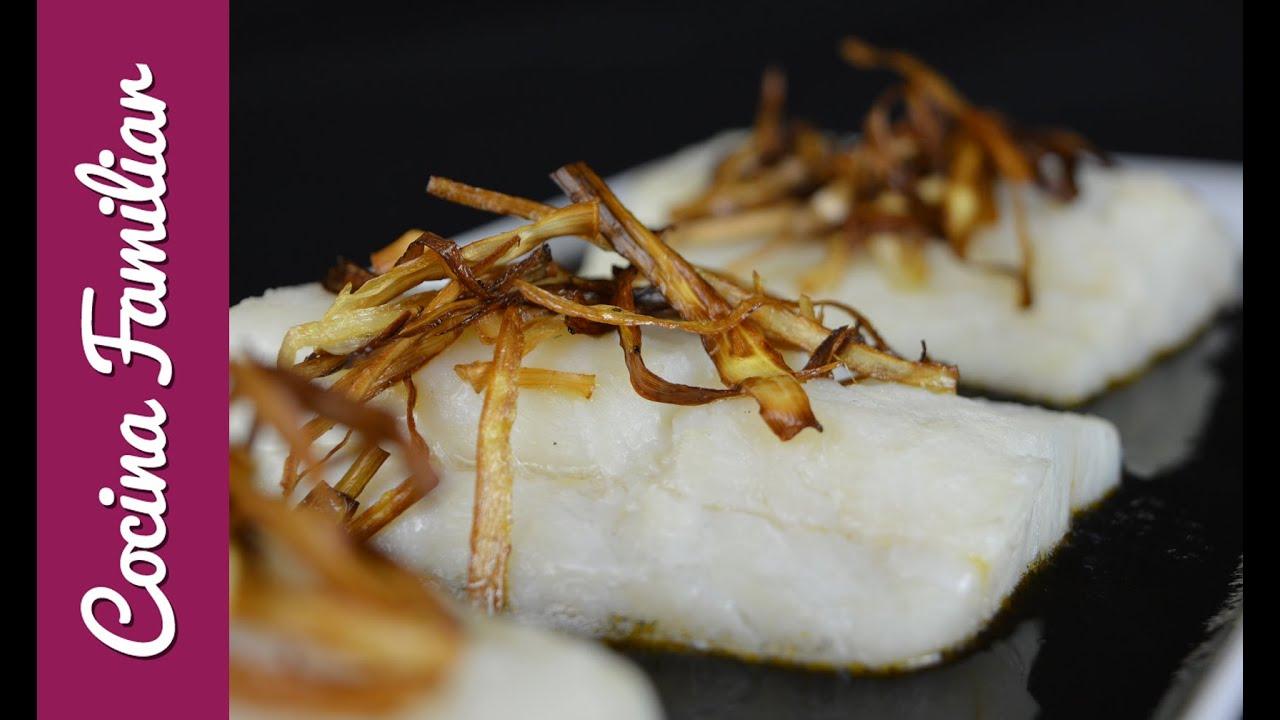 Bacalao con salsa de tinta de calamar | Javier Romero