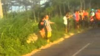 preview picture of video 'drag satria fu vs satria fu sumberan paiton probolinggo'