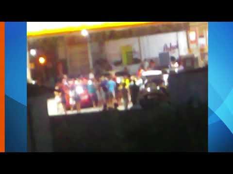 População faz festa e se aglomera em posto de gasolina, em Olinda