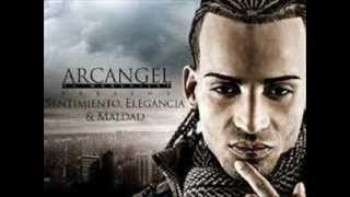 arcangel DIFERENTE 2013