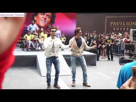 |Hrithik roshan| best  dancing at Pavilion IIFA