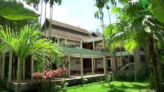 preview picture of video 'Sappraiwan Grand Hotel & Resort, Phitsanulok, Thailand'