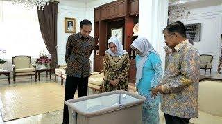 Didampingi Ibu Negara, Joko Widodo Jenguk Cucu ke-15 Jusuf Kalla