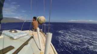 preview picture of video 'Sailing in Molokai Hawaii'