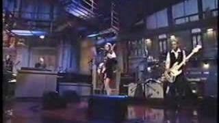 <b>Liz Phair</b> On Letterman  Supernova