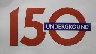 preview picture of video 'London Underground 150 9th January 2013 Paddington Baker Street Great Portland Street Farringdon'
