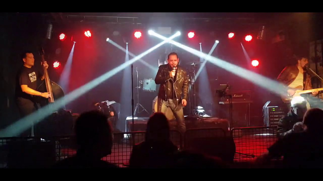 THE CROWNIES – Rock & Roll Medley LIVE