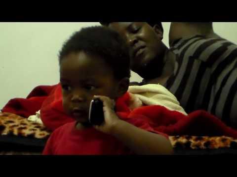 FUN WITH FAFI - Fafi earns to talk on the phone