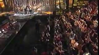 OT1 Cantan en la Gala la cancion del Mundial