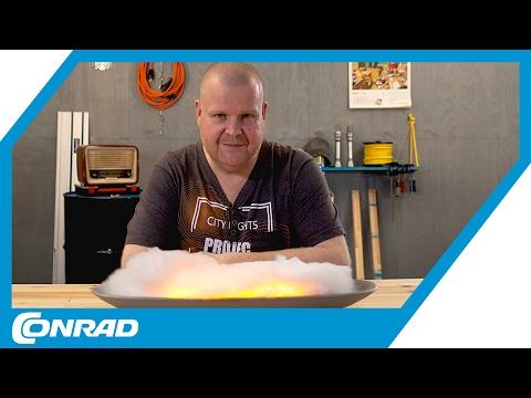 Elektrisches Kaminfeuer aus LED-Flackerlichtern - Smart DIYs mit Stefan   Conrad