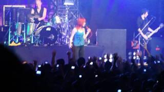 Paramore - Misery Business ( Citibank Hall, Rio de Janeiro 19/02/2011 )