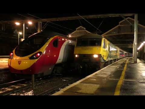 WCML overnight freight variety at Preston 27th - 28th Februa…