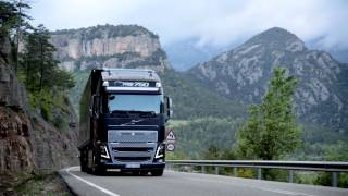 Volvo Trucks - I-See: how to save 5% fuel (new Volvo FH) | Kholo.pk