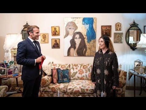 «يا بخته»..كيف تفاعل النجوم مع زيارة رئيس فرنسا إيمانويل ماكرون للمطربة الكبيرة فيروز