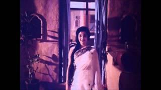 Tu Jaha Bhi Rahe - Upkar - YouTube