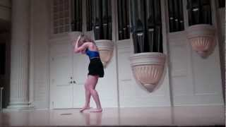 "Alyse Keim (2011 Solo) - Improvising to ""Talk to Me Now"""