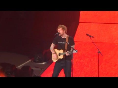 Ed Sheeran - Eraser, live at AccorHotels Arena (Paris) 06/04/17