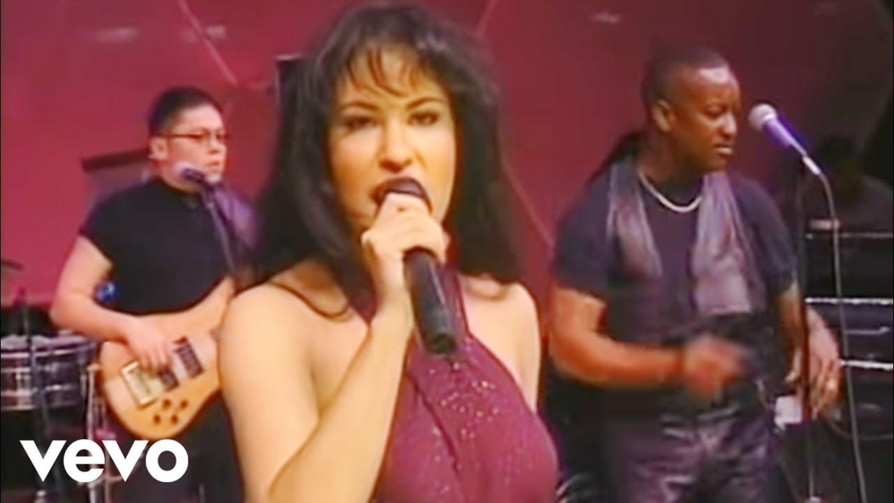 Selena Techno Cumbia Lyrics English Translation