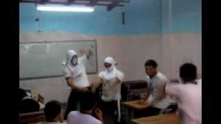 preview picture of video 'Harlem Shake - B.T.I. Promo '13 CNSL'