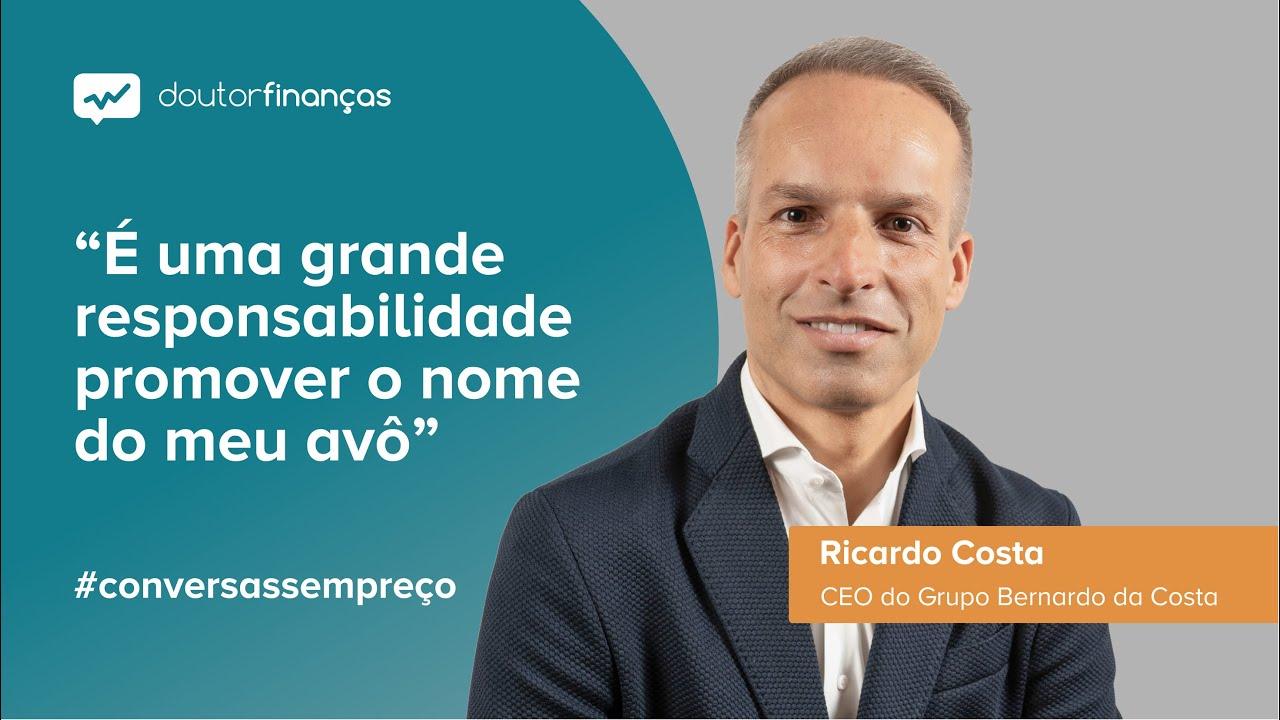 Imagem de um pc portátil onde se vê o programa Conversas sem Preço com a entrevista a Ricardo Costa, CEO do Grupo Bernardo da Costa