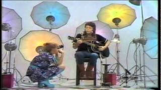 Paul McCartney  Medley Blackbird/Bluebird/Michelle/Heart Of The Country Acoustic High Quality