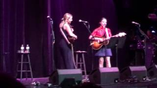 Aoife ODonovan Sarah Jarosz  Patty Griffin Cover Be Careful Cayamo 2017