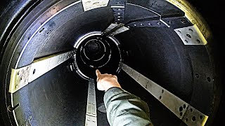 Crawling Down A Torpedo Tube -US NAVY Nuclear Submarine - Smarter Every Day 241