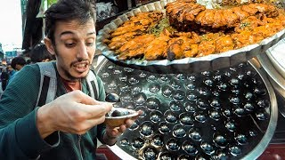 Hindistan'ın İLGİNÇ sokak yemeklerini deniyorum! (ACAYİP YEMEKLER)