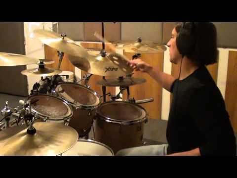 Tomáš Kedzior - baskytara - Two Basses - Common Areas (EP 2013) - jak se nahrávalo/behind th