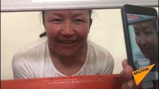 Казашку из Китая освободили из под стражи – аплодисменты и ликование у здания суда