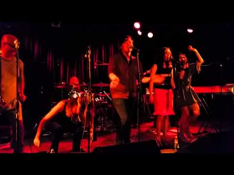 """Cheer-Accident - """"Sun Dies"""" [Live @ Martyrs' June 19th, 2015]"""