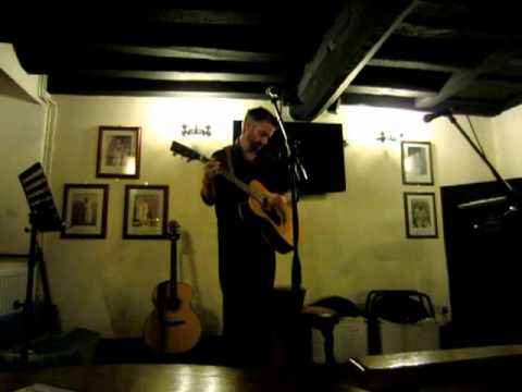 The Chain Fleetwood Mac live acoustic cover song by Pete Tilbury-Fowler