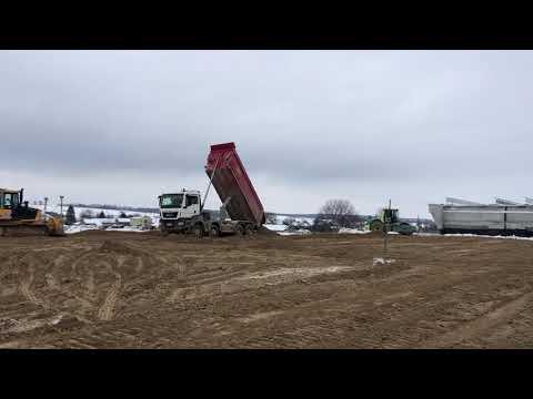 Roboty ziemne przy wykonywaniu nasypu drogowego: łącznik DK74-S19